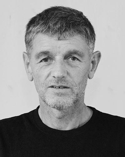 Profilbild Klaus Lorenz, schwarz-weiß